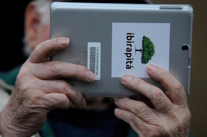 Talleres de aprendizaje para los jubilados del plan piloto Ibirapitá en la IM. F oto: Javier Calvelo / adhocFotos