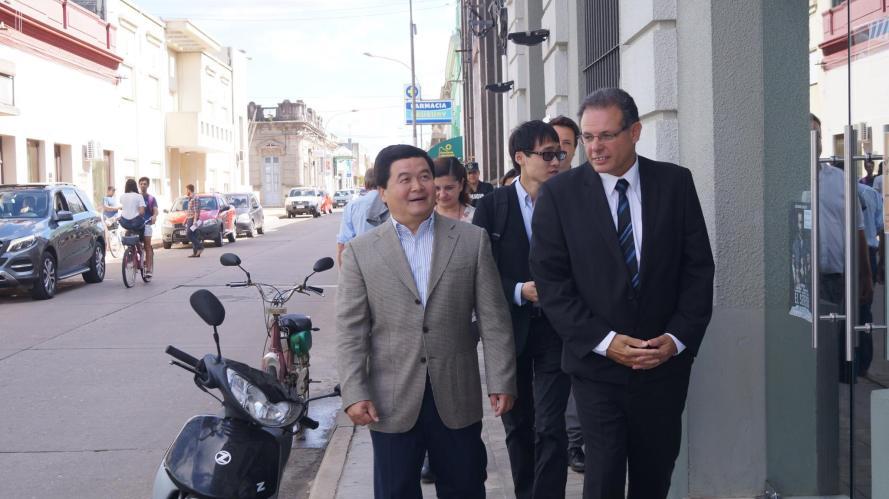 intendente embajador de china